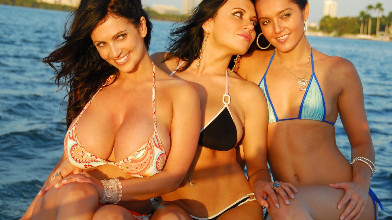 sisyastaya-na-ostrove-porno-video-pristavanie-v-obshestvennom-transporte-po-russki